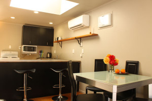 Springhilll-apartment-kitchen-dining
